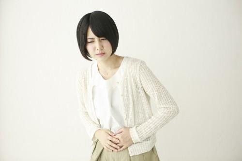 女性に多い膀胱炎。少し症状が進むと腹痛も起きるそうです……。