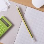 ノートとペンと電卓
